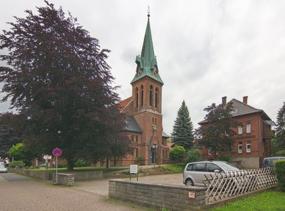 Lauenau St. Lukas Kirche (2004)